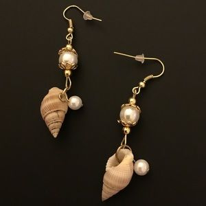 Seashell & Pearl Dangle Earrings